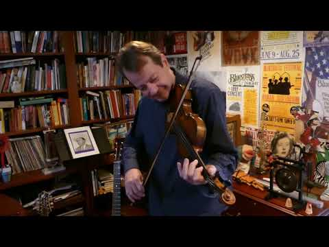 John McCutcheon: To Everyone in All the World: A Celebration of Pete Seeger Mp3