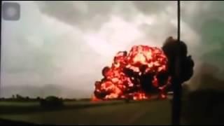 Clip toàn bộ quá trình máy bay Malaysia bị bắn rơi