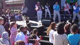 DJ lil man- I like the way she move