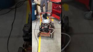 Test du moteur de tondeuse avec kit PANTONE (100% essence) partie 1