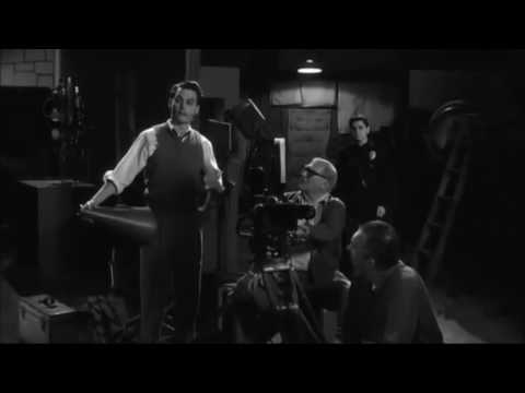 Ed Wood (1994) - Funny Scene (Stuck In The Door)