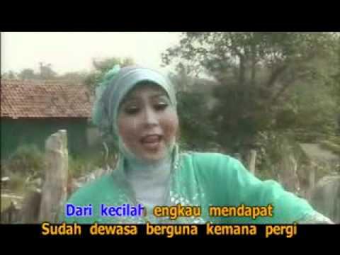 kiki amalia - Menuntut Ilmu (Qasidah Hits Vol 1) karya Hj. Nur Asiah Jamil.flv