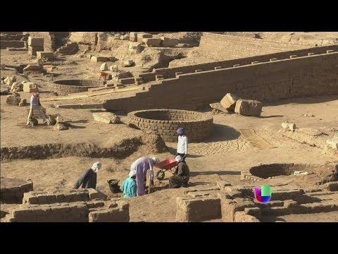 Un Grupo De Arqueólogos Descubren Una Tumba De Valor Incalculable