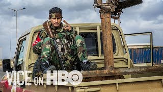 Видео Flint Water Crisis & Libya on the Brink (VICE on HBO: Season 4, Episode 15) от VICE, Ливия