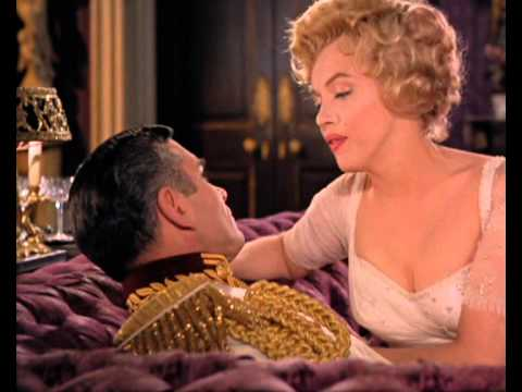 Marilyn dances and sings in 'The Prince and the girl'