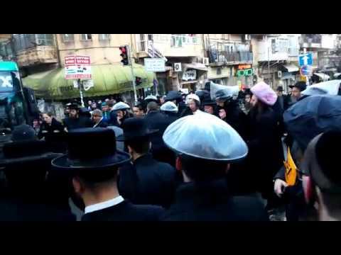 ירושלים: 7 נעצרו בהפגנה ב'כיכר השבת' נגד מעצר עריקים חרדים