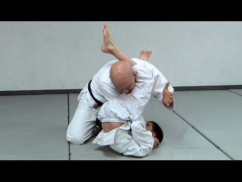 The Easiest Way To Teach The Armbar From Guard