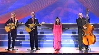 The Seekers - I Am Australian (Live - 2000 - STEREO)
