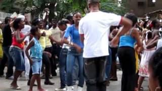 Bailando rumba guaguancó y casino en el Gran Palenque, La Habana, Cuba