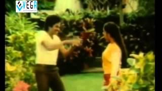 Rendu Rellu Aaru Movie Songs - Ksthandhuko Darakasthandhuko Song