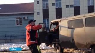 Трамвай в роли эвакуатора(, 2015-03-06T07:03:18.000Z)