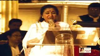 MUJHE RANG DE | ASHA BHOSLE LIVE