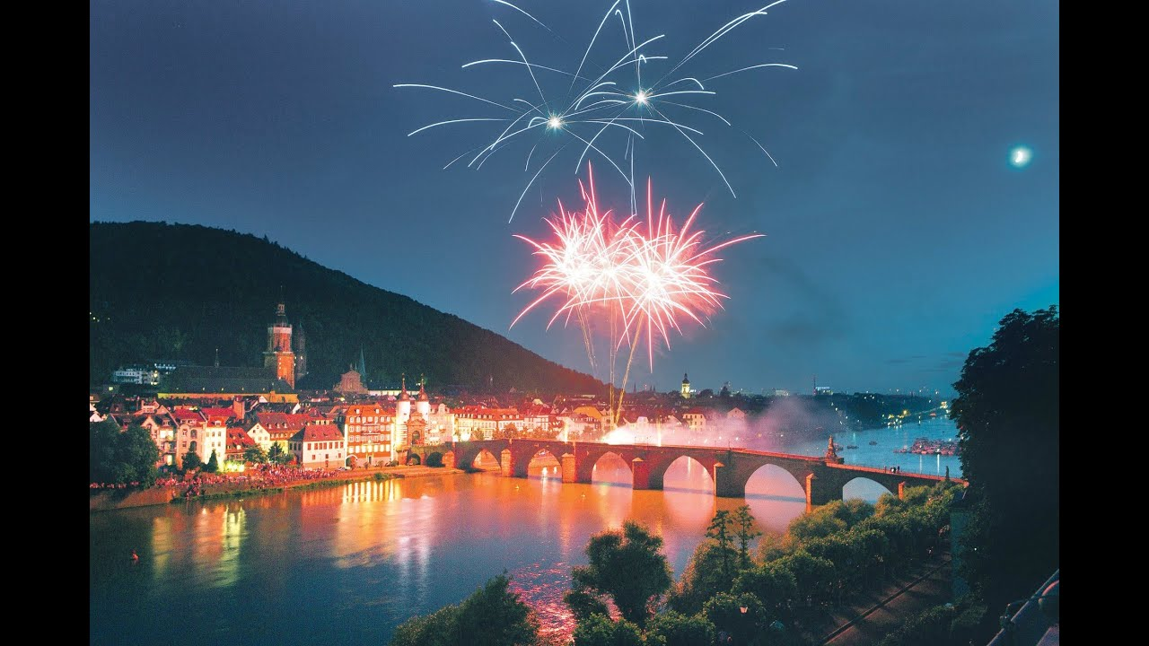 Heidelberger Schlossbeleuchtung (Feuerwerk) 2.9.2017 - YouTube
