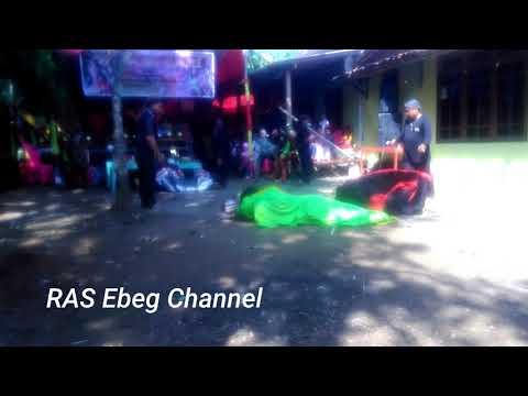 Ebeg Wijaya Sari : Celeng bobok...