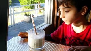 David Loves Got Milk! Magic Milk Straws