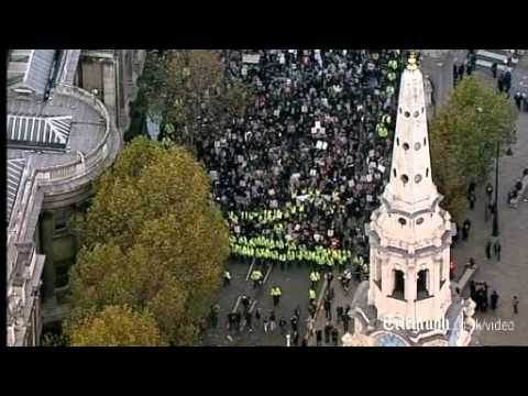 Thousand of student protesters return to London