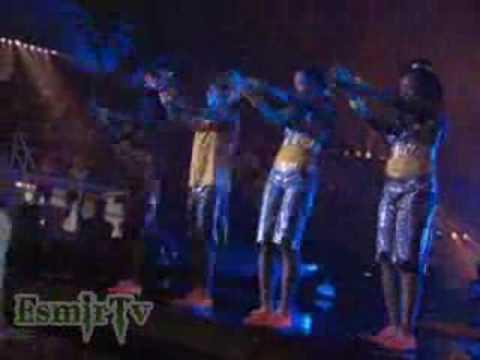 'Jump In' Final Dance English
