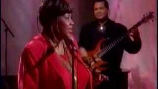 Aretha Franklin  - Say A Little Prayer - The View (1998)