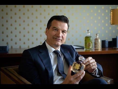 Thierry Wasser, parfumeur Guerlain, raconte le bouquet de la Reine