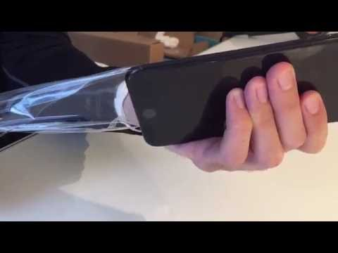 Removing Slickwraps Naked Wrap from Jet Black iPhone 7 Plus