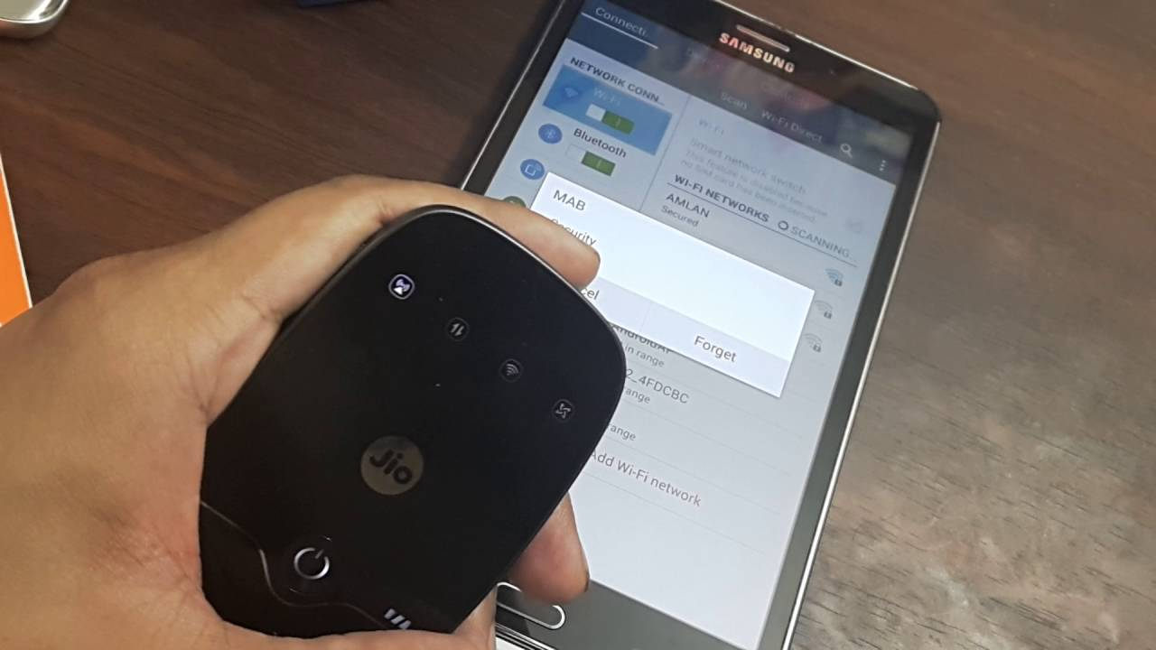 Hasil gambar untuk JioFi Dongle: is it easy to manage?