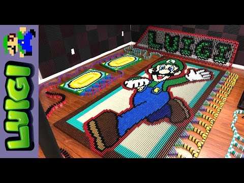 Thumbnail: Luigi (IN 17,472 DOMINOES!)