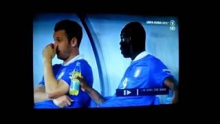 Video Mario Balotelli L uft sein Getr nk in die Nase Euro 2012 24 6 12 download MP3, 3GP, MP4, WEBM, AVI, FLV Juli 2018