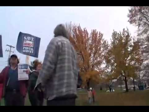 Lancaster Post Office employees picket on Thursday