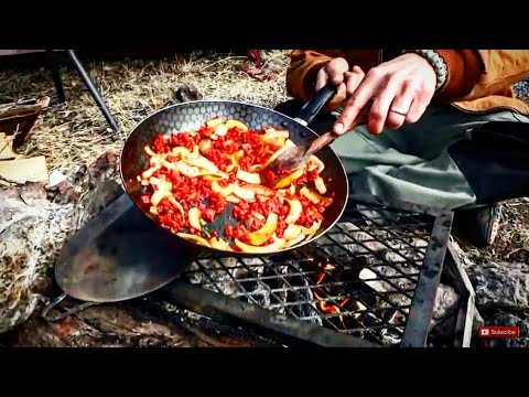 simple-camp-cooking,-scrambled-egg-tacos-for-breakfast-at-the-wrc-2014