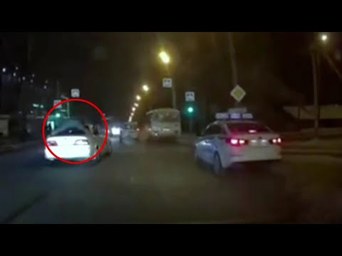 В Иркутске полицейские со стрельбой и преследованием провели операцию по задержанию воров.
