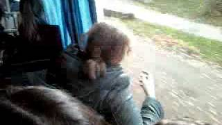 автобус без стекла.3gp(, 2011-10-15T09:33:05.000Z)