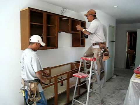 installing upper kitchen cabinets installing kitchen cabinets 17932