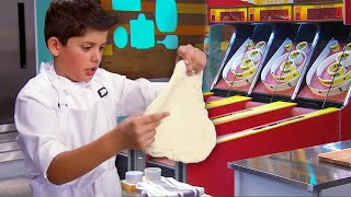 We Made a Pizza in an ARCADE!  | Universal Kids