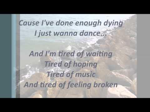 I Just Wanna Dance (Lyrics)