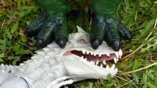Big Indominus Rex vs Giganotosaurus. Dinosaurs Toys Battle