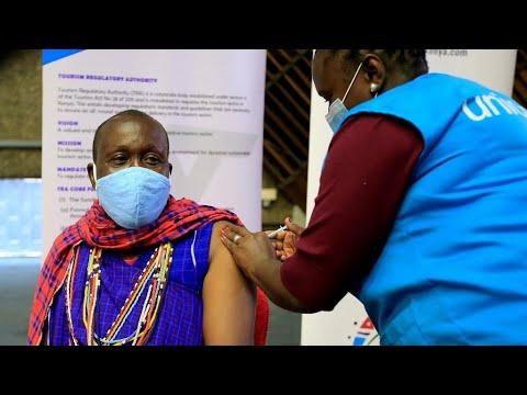 فيروس كورونا: منظمة الصحة العالمية تحذر من انتشار -مقلق جدا- لنسخ متحورة معدية في أفريقيا  - 12:55-2021 / 6 / 19