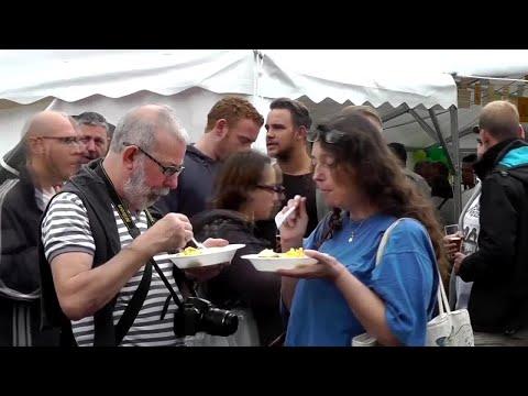 10,000 egg omelette served at Belgium festival