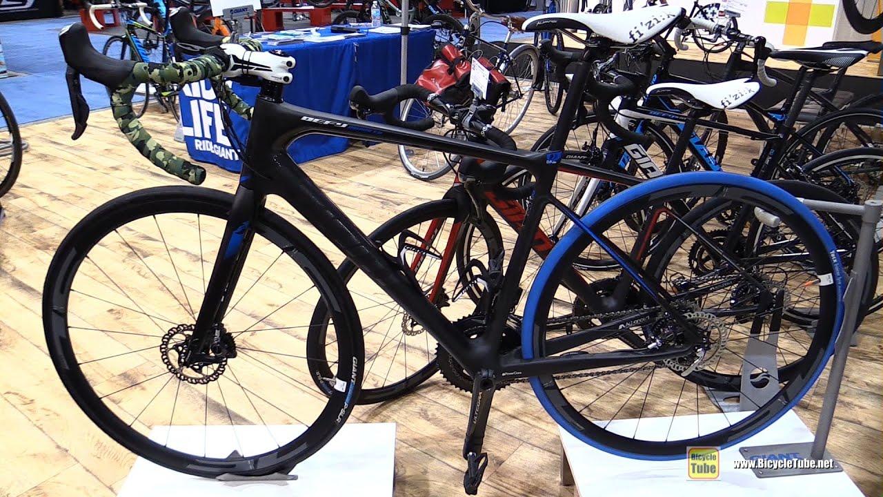 2015 giant defy advanced pro bicycle walkaround 2015 salon du velo de mon - Velo salle de sport pro ...