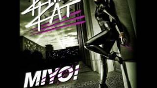 Kitty Kat Du bist Vergangenheit feat. Cassandra Steen (MiYo!)