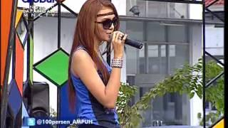 Gambar cover ALEXA KEY Live At 100% Ampuh (01-05-2012) Courtesy GLOBAL TV