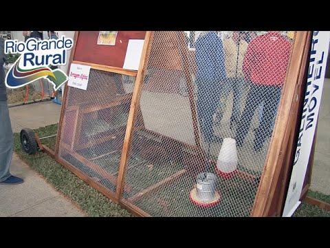 Emater apresenta o galinheiro móvel na Rural Show - Programa Rio Grande Rural