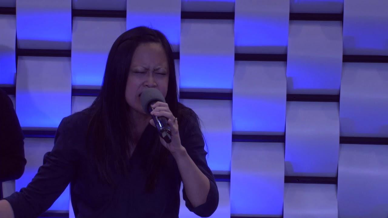 Tinggikan DiriMu, worship led by Gretchen Lee-Trisna #1