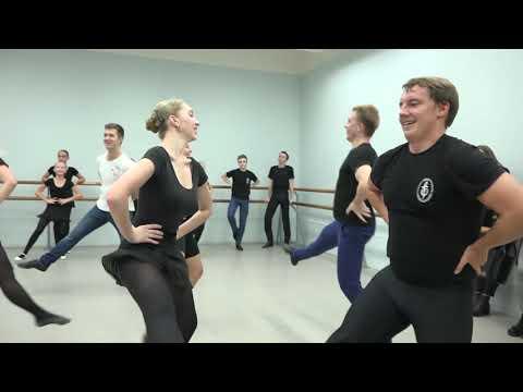 Танцуют все!  Венгерский танец. Ансамбль Локтева+Выпускники