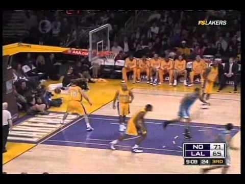 Chris Paul 32pts-15ast + David West 40pts vs. Lakers (01.06.09)