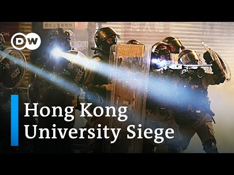 Hong Kong: About 100 protesters still hold out in university siege | DW News