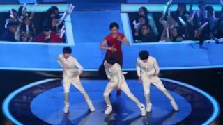 TFBoys - Dạy MC dance tại lễ trao giải âm nhạc Đông Phương.
