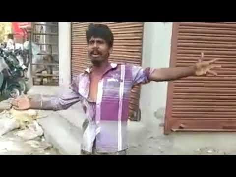 Very funy man singing a song (tu mujhe kabuool mai tujhe kabool)
