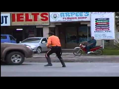 The Dancing Traffic Officer in GENSAN