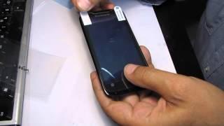 Как правильно приклеить защитную плёнку на смартфон(Как правильно приклеить защитную плёнку на смартфон Видео с распаковкой плёнки