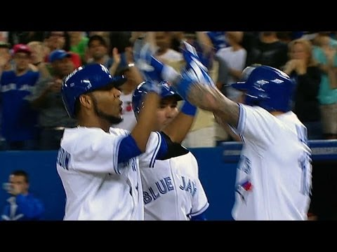 Edwin Encarnacion contributes to the Blue Jays' eight-run inning, launching two home runs in the 7th inning (including a grand slam)